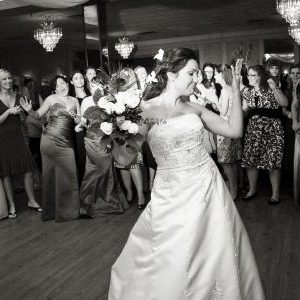 5 Alternatives to the Bridal Bouquet Toss